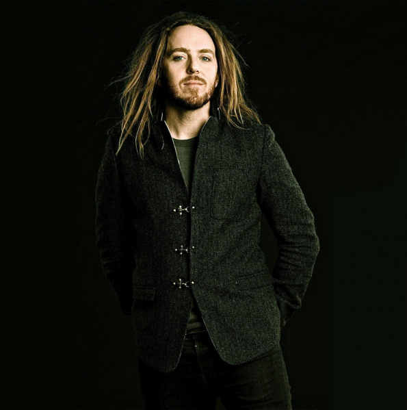 File:Tim Minchin 2.jpg